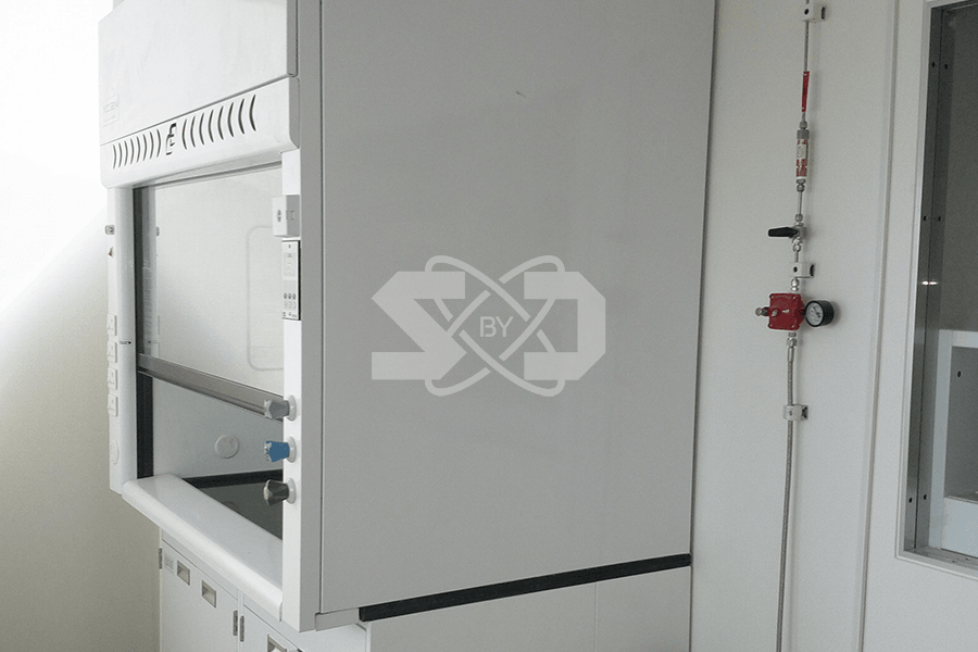 laboratory fume hoods, enclosure and VAV controls