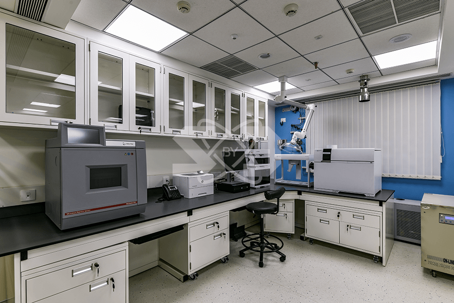 turnkey laboratory project with spot extractors, furniture